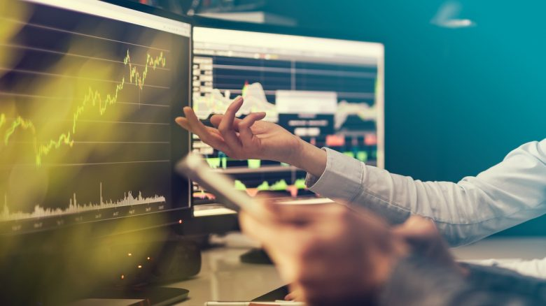 Momentum Investing / Types of Investors